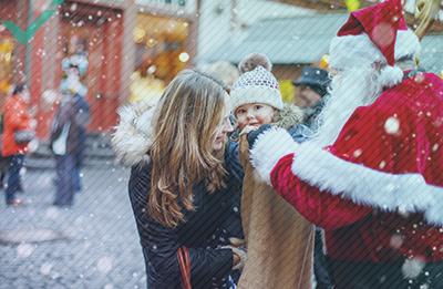 La extraña (y a veces oscura) historia de Papá Noel en Europa
