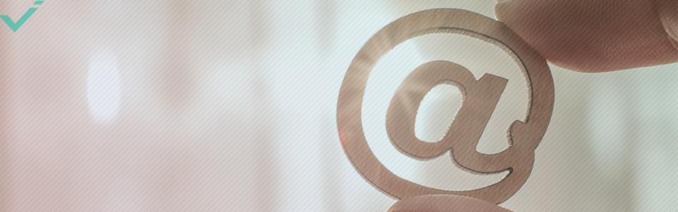 ¿Qué significa el símbolo @ en internet?