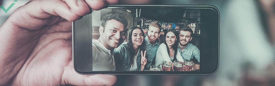 Parole che definiscono il 21° secolo: selfie